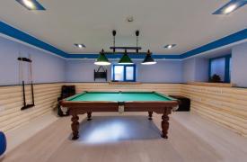 billiard1.jpg
